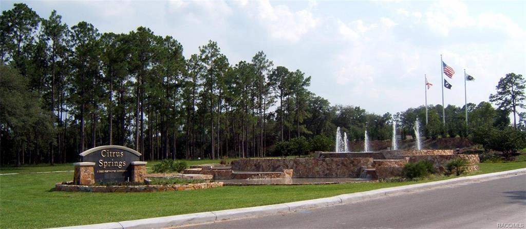 Entrance to Citrus Springs, Florida